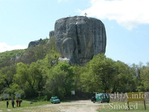 Крым, туризм, Эски-Кермен, горы, крест, монастырь