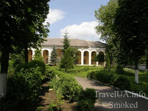 Дубно, монастырь кармелиток, онкодиспансер