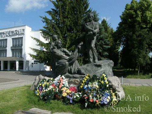 Дубно, памятник, Шевченко