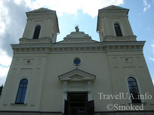 kostel-snizu