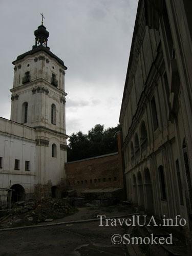 Монастырь кармелитов, Бердичев, колокольня, история