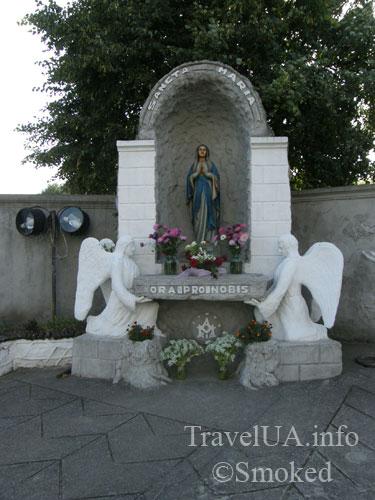 Шаргород, костел, Богородица, скульптура