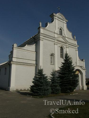 Шаргород, костел