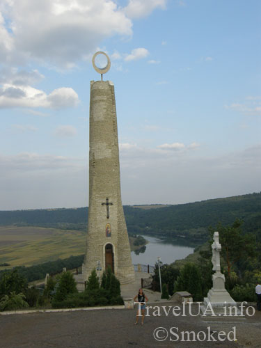 Молдова, Сороки, памятник Свеча