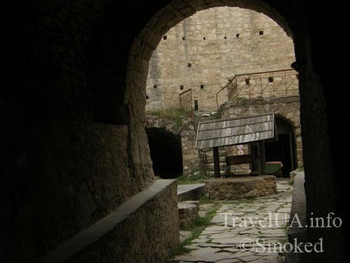 Сороки, Сорокская крепость, двор