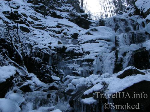 Шипот, водопад, зимний водопад, Закарпатье