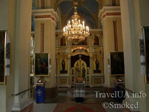 интерьер, люстра, Подкамень, монастырь