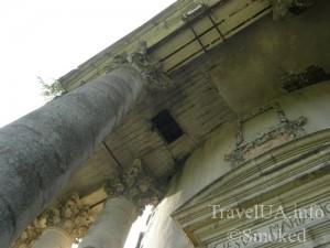 Подгорцы, костел святого Иосифа, усыпальница Жевусских, базилика, дыра в потолке