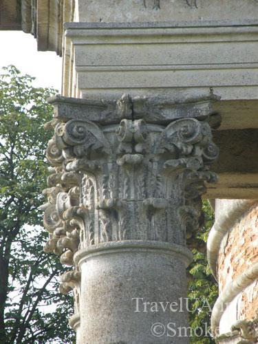 коринфская колонна, Подгорцы, костел святого Иосифа, усыпальница Жевусских, базилика