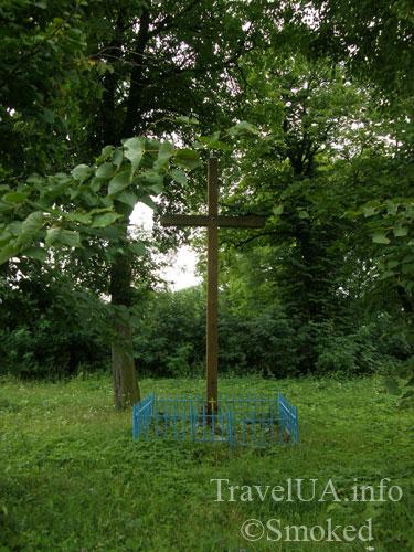 крест, Куткир, костел, статуя Девы Марии