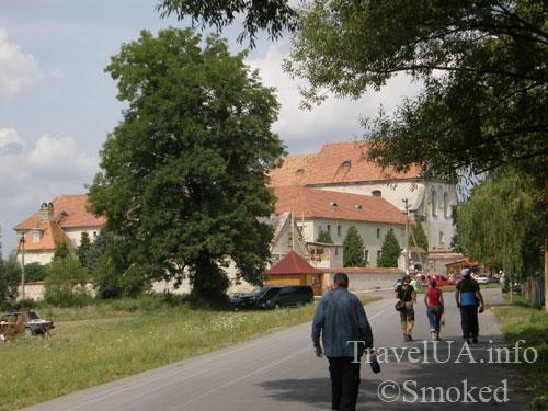 Олесько, Львовская область, монастырь