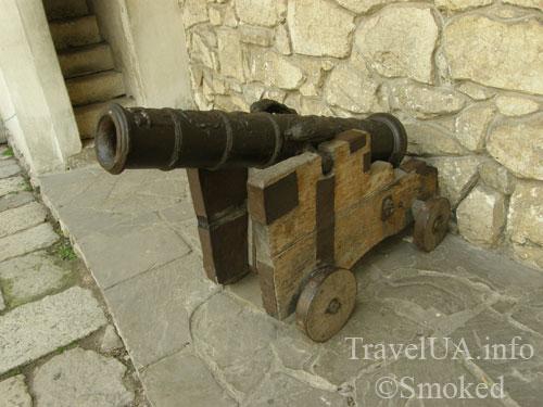 Олесько, Львовская область, замок, пушка