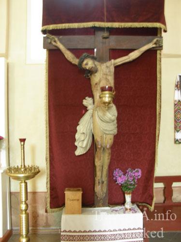 распятие, святыня, Подкамень, монастырь