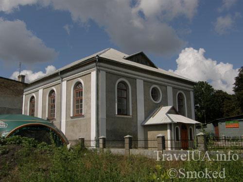 Буск, синагога