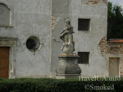Олесько, Львовская область, скульптура Леблана