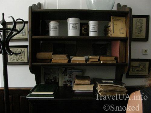 Луцк, музей, аптека, экспонаты