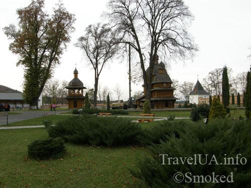 церковь, деревянная, Крехов, Крехив, монастырь, василиане, Львовская область