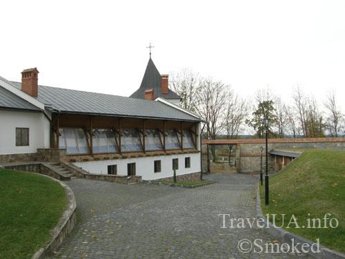 фольварок, Крехов, Крехив, монастырь, василиане, Львовская область