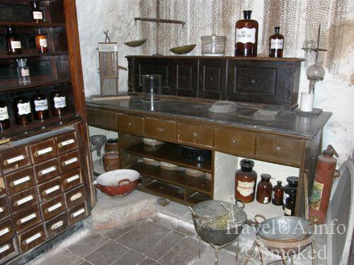 Львов, музей-аптека, оборудование аптеки