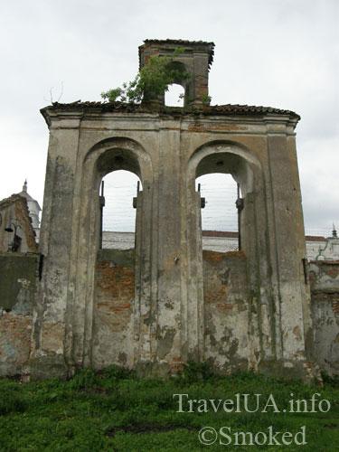 Изяслав, тюрьма, монастырь, колокола
