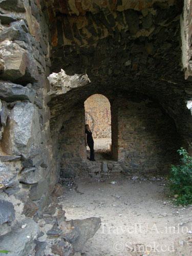Корец, замок, руины, подземелье