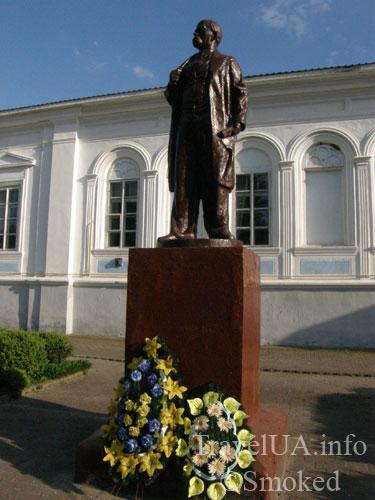 Корец, памятник, Шевченко