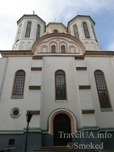 Острог, Богоявленский собор