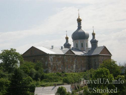 Корец, монастырь