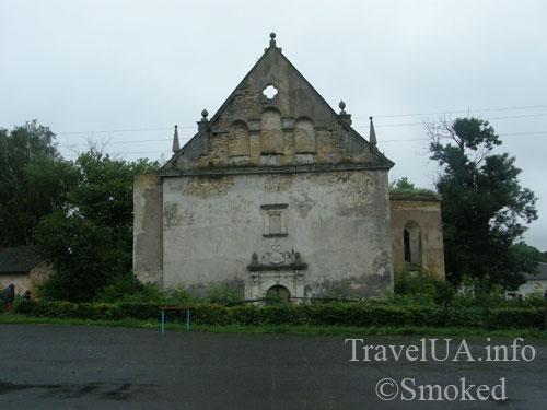 front-kostel