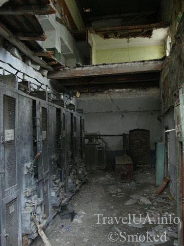 vnutri-sinagogi