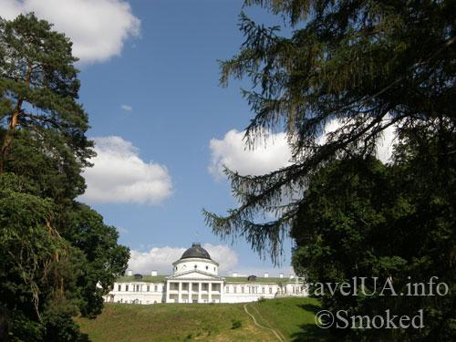 дворец в Качановке, парк, озеро